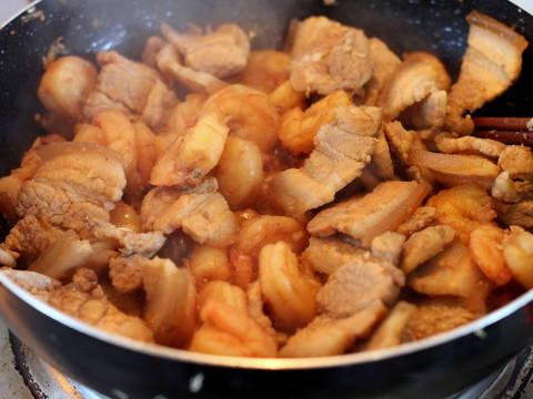 Tôm rang thịt ba chỉ (cháy cạnh) recipe step 5 photo