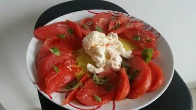 Salade tomate mozza basilic
