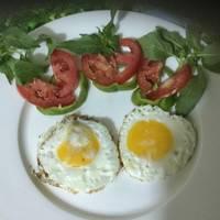 بيض مقلي عيون 🍳