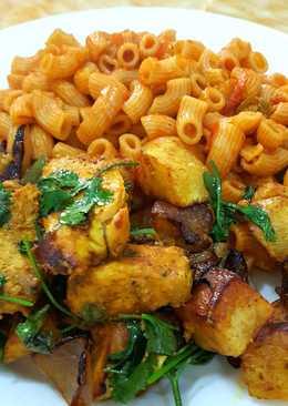 دجاج تكا مع الخضر المشوية و البطاطا المقلية و مكرونة بالصوص الايطالى