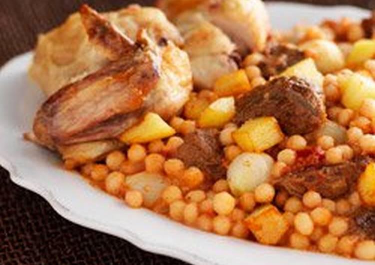 طريقة المغربية بالبطاطس وصلصة الطماطم