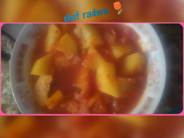 البطاطس القطع ب الطماطم