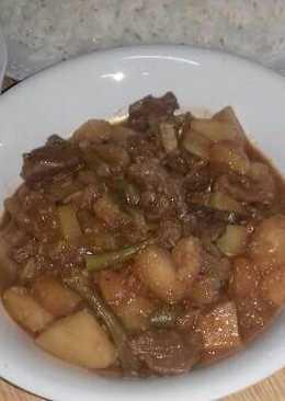 مرق اللحم والبطاطس