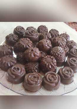 قوالب الشوكولاته اللذيذه😋🍫