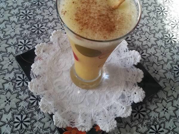 عصير موز بالقرفه والبرتقال