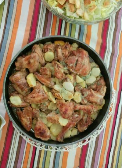 صينية دجاج وبطاطا بالفرن يممممي