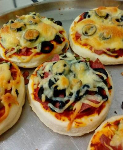 الميني بيتزا اللذيذة