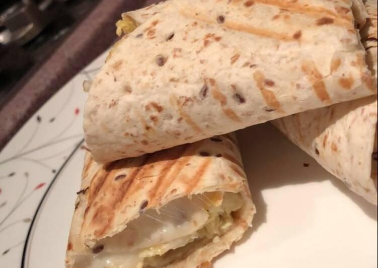 تورتيلا البيض والجبن 🍳🧀
