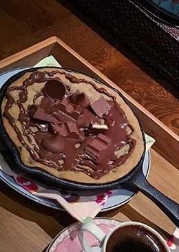 طريقة عمل كوكيز بقطع الشوكولاته