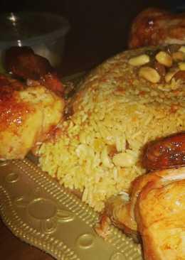 أرز كبسة مع الدجاج و المكسرات