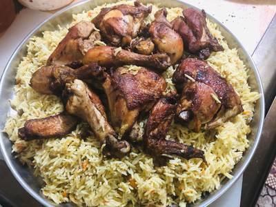 دجاج مع الرز المدخن