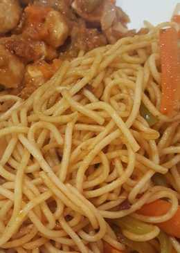مكرونة صيني مع الدجاج