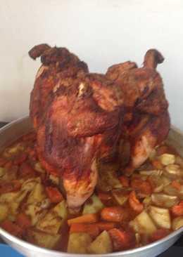 دجاج مشوي مع الخضره على القنينه بالفرن بشهي