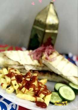 شاورما دجاج بخبز التوتريلا