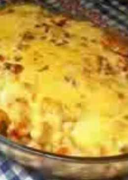 الدجاج بالبطاطا والبشاميل والجبن