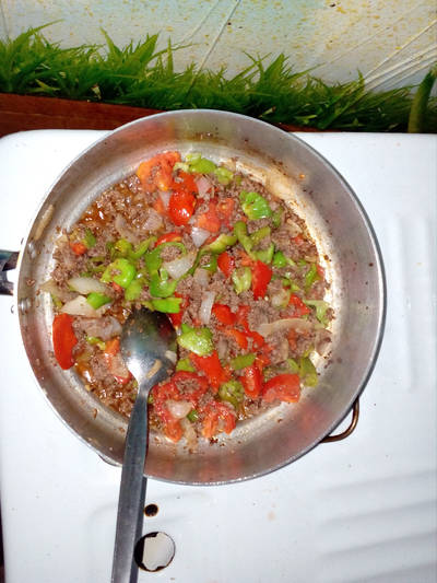 لحمة بيف بالخضراوت