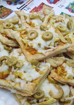 بيتزا الدجاج بالبف باستري 😋