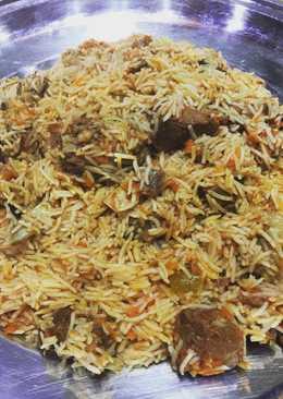 ارز بخاري باللحم