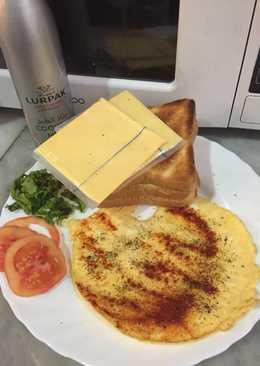 التوست المحمص بالبيض و الجبنه #ملك_الجبنة