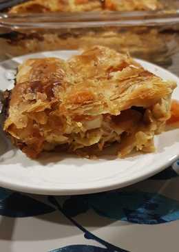 صينية البف باستري بالدجاج والبيض