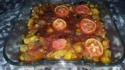 صينية باذنجان بالطماطم