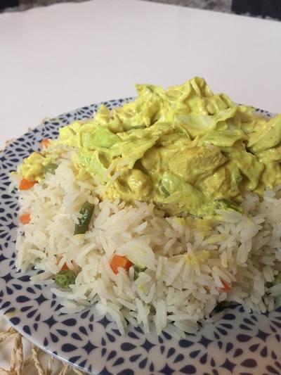 ارز بالدجاج والكريمه والملفوف