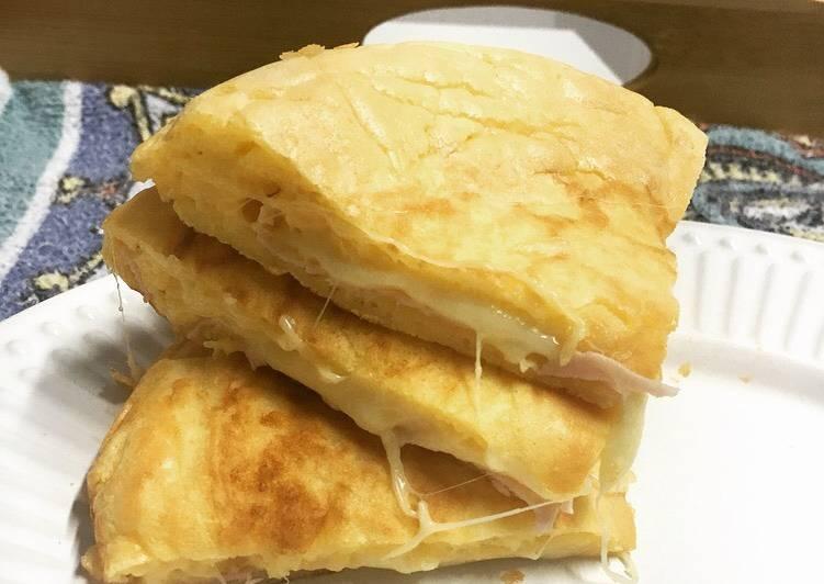 Pão de queijo de tapioca (recheado)
