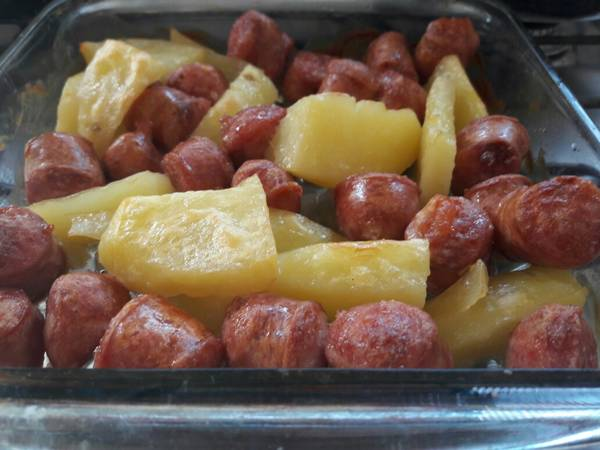 Lingüiça de forno c/ Batatas