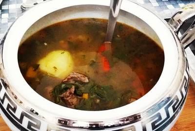 Sopa de Legumes, Carne e Ervas Finas
