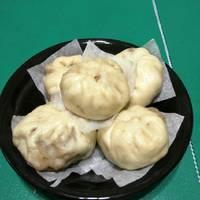 筍肉包子(蝶豆藍花麵皮)