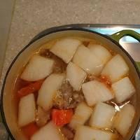 蕃茄蘿蔔排骨湯【電鍋料理】
