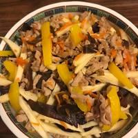 《好菜網》茭白筍炒肉絲