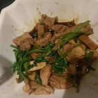 蘑菇豆干炒芹菜