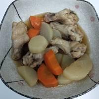 煮白蘿蔔棒棒腿