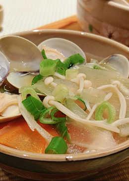 蛤蜊野菜味噌湯