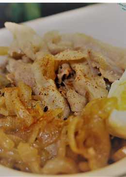 日式洋蔥豬肉丼飯