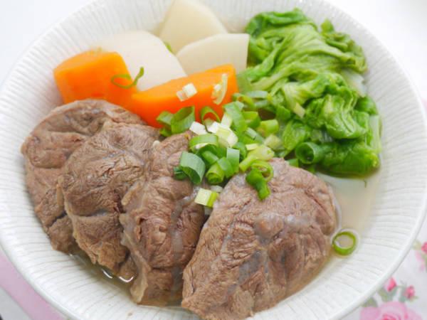清燉蘿蔔牛肉湯(電鍋版)