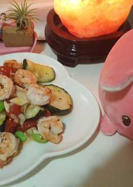 番茄櫛瓜蝦仁沙拉