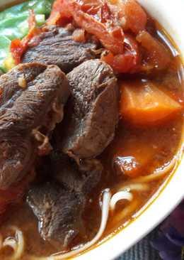 濃醇香 ~ 蕃茄牛肉麵