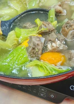 【multee摩堤_鑄鐵鍋料理】芥菜地瓜鹹骨煲