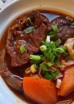 【御釀滷煮入味】蕃茄紅燒牛肉麵