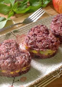 玉米鮪魚紫米飯糰
