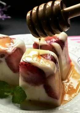 蜂蜜草莓奶凍