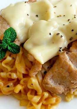 起司蘑菇豬肉麵〞