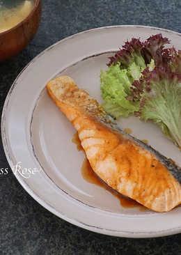 奶油醬油鮭魚
