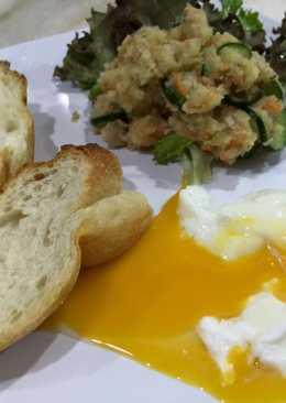 营养早餐 烤面包+鲔魚馬鈴薯沙拉+水波蛋