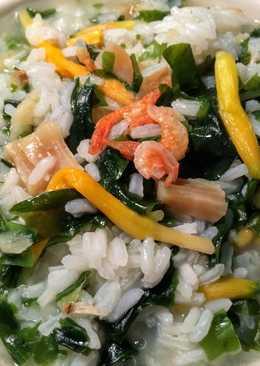 櫻花蝦干貝海帶芽粥