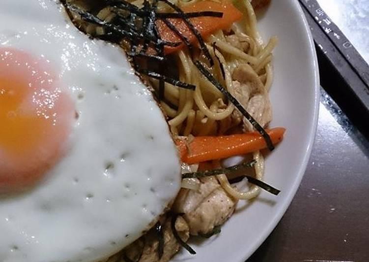 日式鐵板風醬炒麵