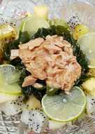 海帶芽鮪魚水果沙拉