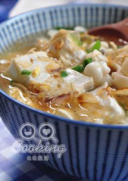 雪白菇味噌豆腐湯